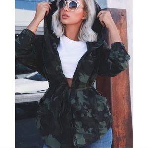 Army green camouflage military jacket with hood